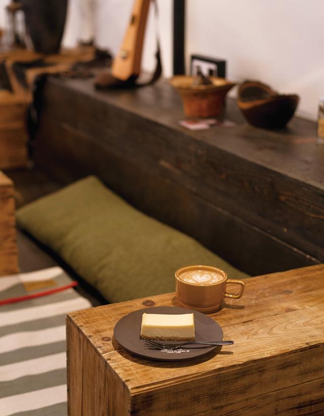 FUZON KAGA Cafe and Studio