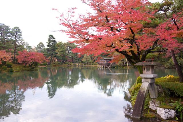 「文化の日」兼六園無料開園