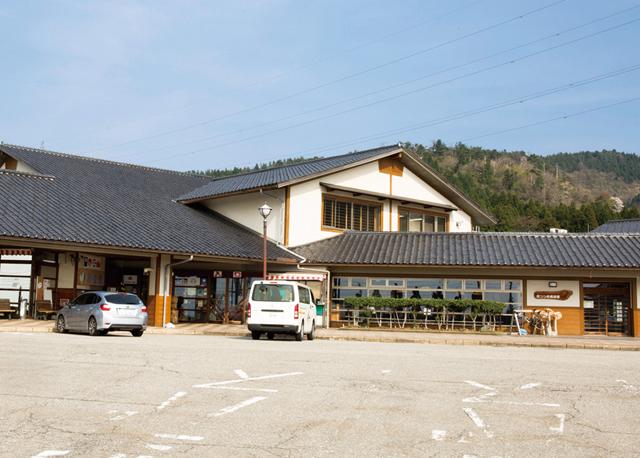 道の駅井波