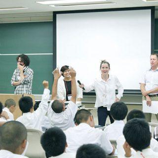 『星稜中学校』の小学生と保護者のための学校説明会
