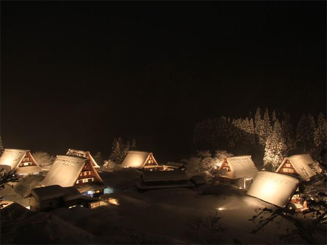 世界遺産「菅沼合掌造り集落」ライトアップ 四季の五箇山 雪あかり2020
